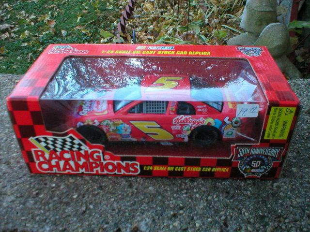 RACING CHAMPIONS KELLOGG'S 1:24 TERRY LABONTE
