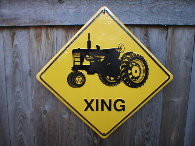 TRACTOR XING ALUMINUM SIGN RETRO METAL ADV SIGNS