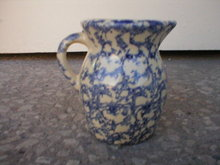 RANSBOTTOM ONE PINT SPONGEWARE PITCHER