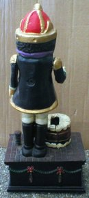 NUT CRACKER CAST IRON MECHANICAL BANK N