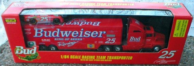 BUDWEISER 1:64 RACING TEAM TRANSPORTER RED SEMI w/CAR