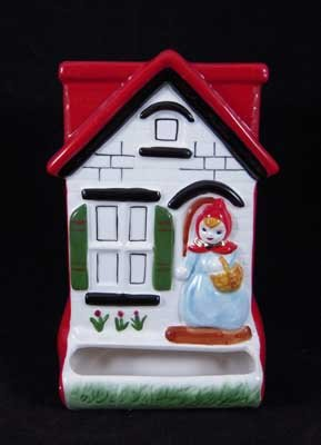PORCELAIN RED RIDING HOOD MATCH SAFE