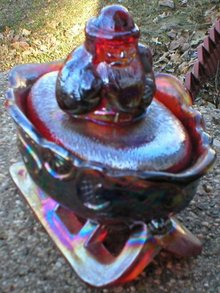RED CARNIVAL SANTA SLEIGH TWO PIECE GLASSWARE S