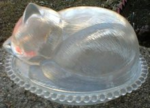 CLEAR GLASS TWO PIECE CAT ON NEST C