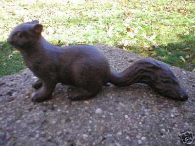 VINTAGE STYLE CAST IRON SQUIRREL YARD GARDEN DOORSTOP S