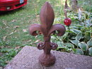 FLEUR-DE-LIS LARGE RUSTIC CAST IRON DECOR