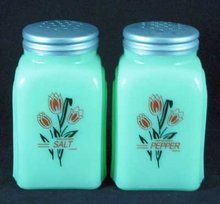 TULIPS ARCH SALT PEPPER SHAKERS JADE JADITE JADEITE
