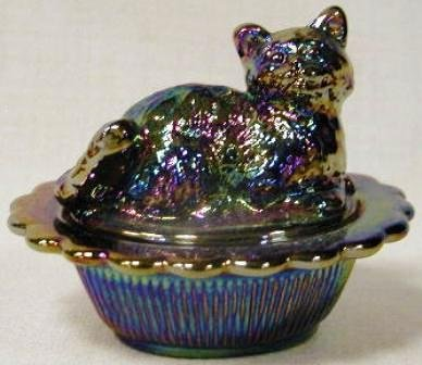 CAT SALT CELLAR CAT AMETHYST CARNIVAL GLASS