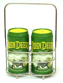 JOHN DEERE SALT PEPPER SET