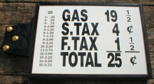 SMALL PRICE BOX VISIBLE GAS PUMP