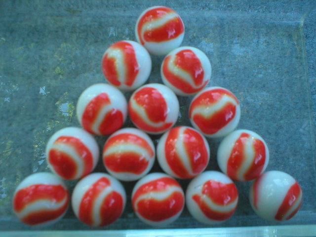 ORANGE WHITE SHOOTER MARBLES TWO POUNDS ONE INCH