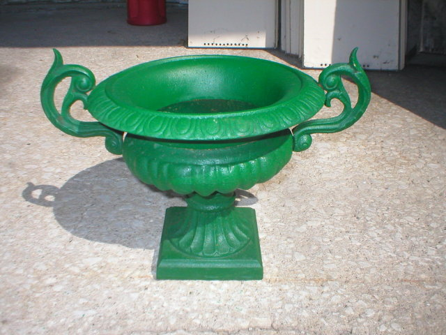 GARDEN URN VICTORIAN PLANTER DECOR CAST IRON GREEN