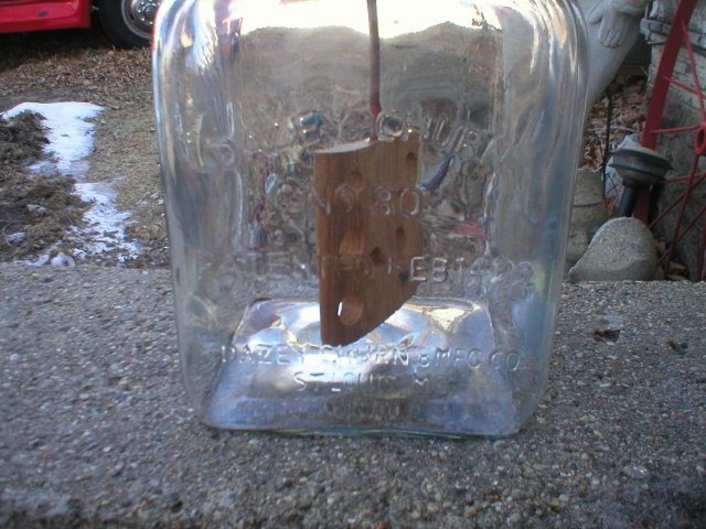 LARGE GLASS BUTTER CHURN DAZEY NO 80