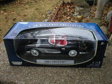 1958 1:18 DIECAST BLACK CORVETTE