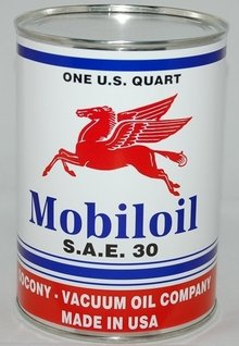 MOBILOIL PEGASUS METAL OIL CAN 32 FL. OZ.
