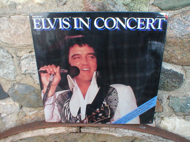 ELVIS IN CONCERT Metal Sign