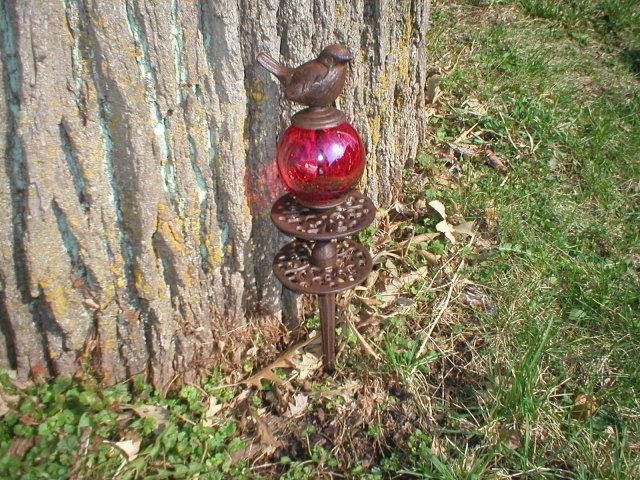 BIRD HOSE GUIDE RED BALL CAST IRON