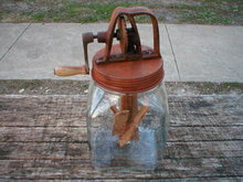 LARGE DAZEY BUTTER CHURN L