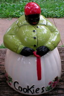 PORCELAIN GREEN WHITE MAMMY COOKIE JAR