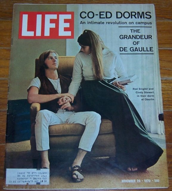 Life Magazine November 20, 1970 Co-Ed Dorms on cover