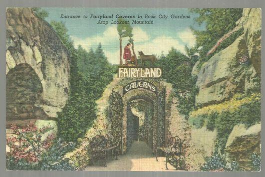 Postcard of Entrance to Fairyland Caverns, Rock City Gardens, Tennessee
