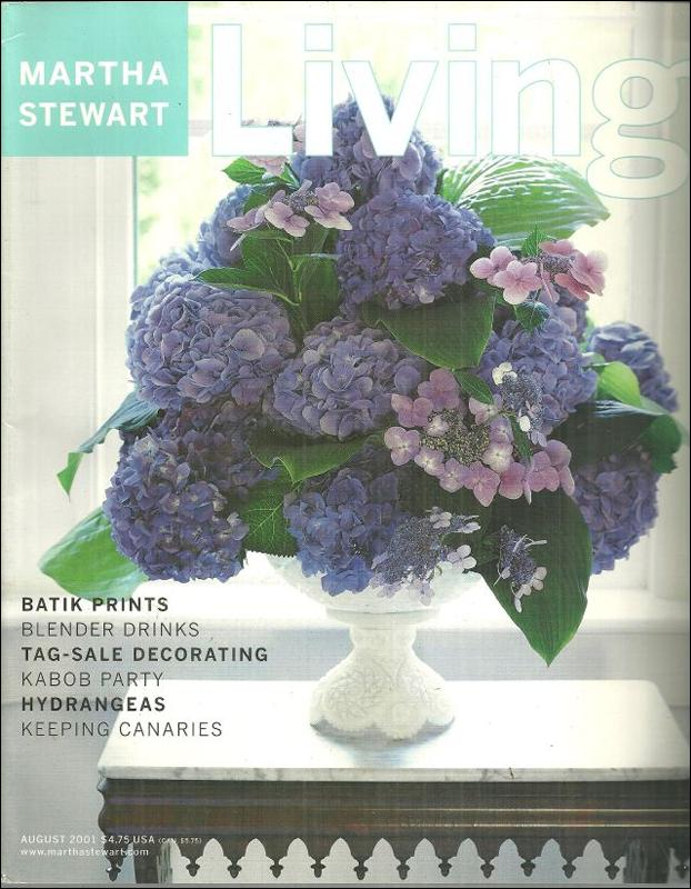 Martha Stewart Living Magazine August 2001 Landscaping on the Edge