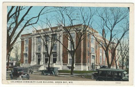 Postcard of Columbus Community Club Building, Green Bay, Wisconsin