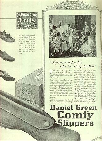 1921 Ladies Home Journal Daniel Green Comfy Slipper Magazine Advertisement