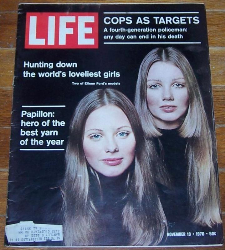 Life Magazine November 13, 1970 Two of Eileen Ford's Models on cover