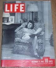 Life Magazine December 21, 1942 Lonely Wife on cover/War Poster Campaign