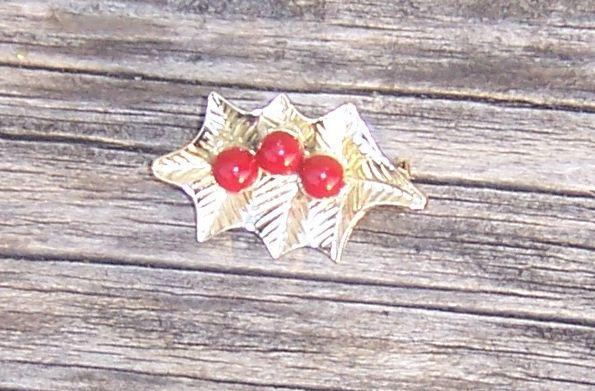 Vintage Christmas Gold Tone Leaf Pin with Red Beads