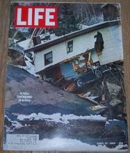 Life Magazine, April 10, 1964 Alaksa Earthquake/Sophia Loren/Ernest Hemingway