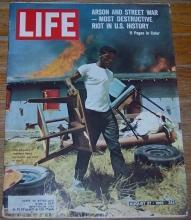 Life Magazine August 27, 1965 Los Angeles Riots on cover/Walter Keane/Fellini