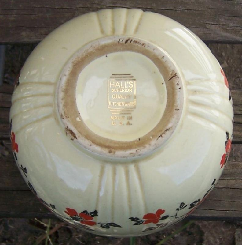 Vintage Hall China Red Poppy Medium Size Mixing Bowl
