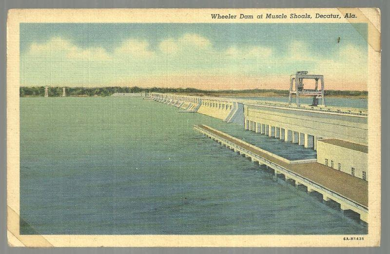 Vintage Unused Postcard of Wheeler Dam at Muscle Shoals, Decatur, Alabama