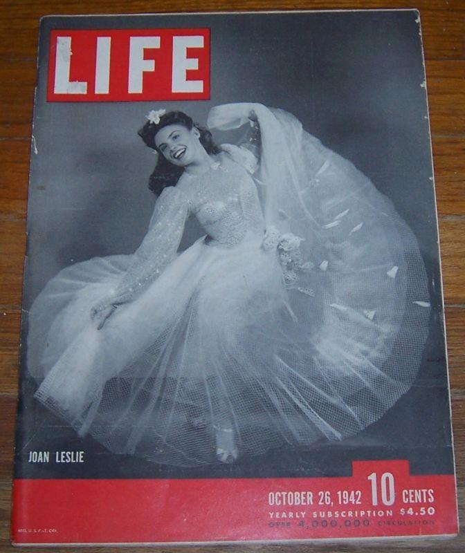 Life Magazine October 26, 1942 Joan Leslie/Solomon Islands/Tanks/Football/Brazil