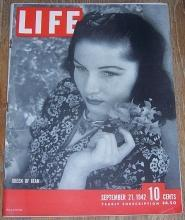 Life Magazine September 21, 1942 The Queen of Iran by Cecil Beaton on Cover