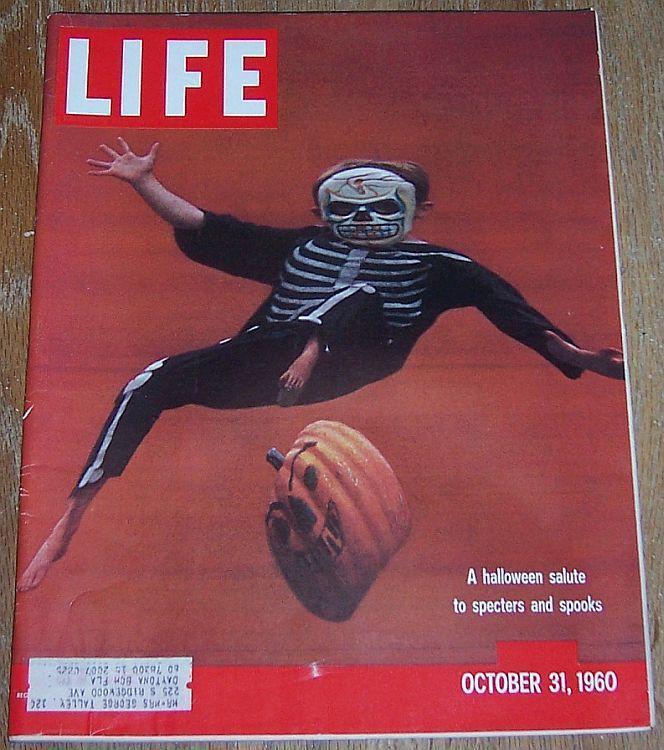 Life Magazine October 31, 1960 Halloween Cover/Casey Stengl/Dag Hammarskjold