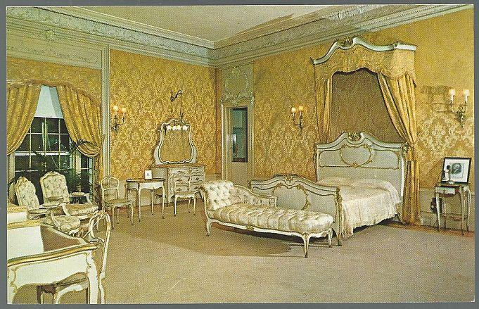 Unused Postcard of Flagler Bedroom Henry Morrison Flagler Museum Palm Beach FL