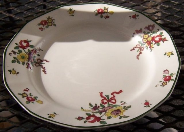 Royal Doulton Old Leeds Spray Luncheon Plate