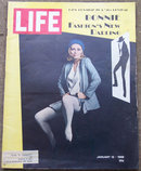 Life Magazine January 12, 1968 Faye Dunaway on cover
