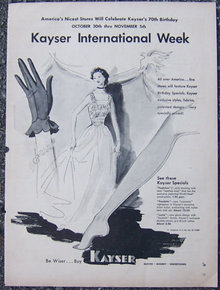 1940s Kayser Gloves and Hosiery Magazine Advertisment