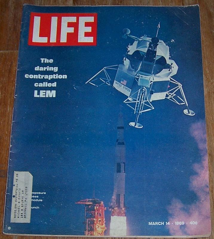 Life Magazine March 14, 1969 LEM on the Cover/Space Age Furniture/Valley State