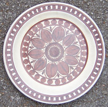 Stonehenge Midwinter Brown Dahlia Medallion Small Plate