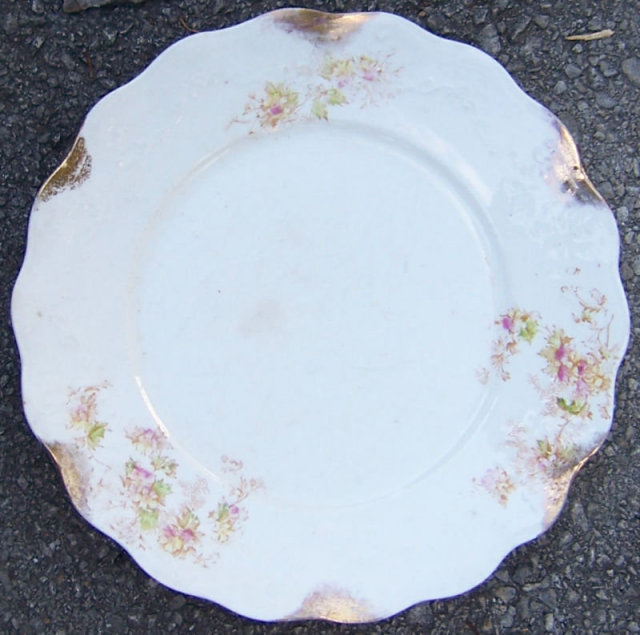 East Liverpool Potteries Dinner Plate w/ Pink Flowers