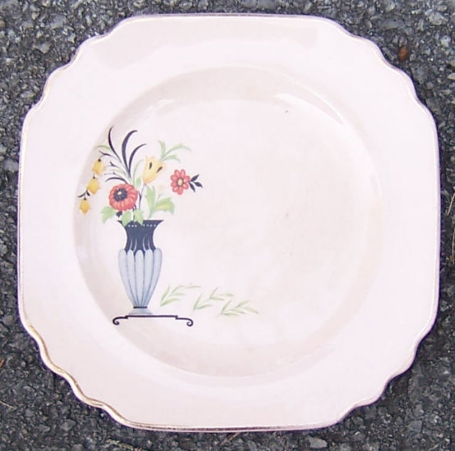 Shell Pink Square Small Plate with Deco Vase and Flowers