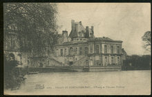 Postcard of Palais De Fountainbleau, France 1927