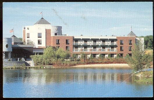 Postcard of Inn on Woodlake, Kohler, Wisconsin