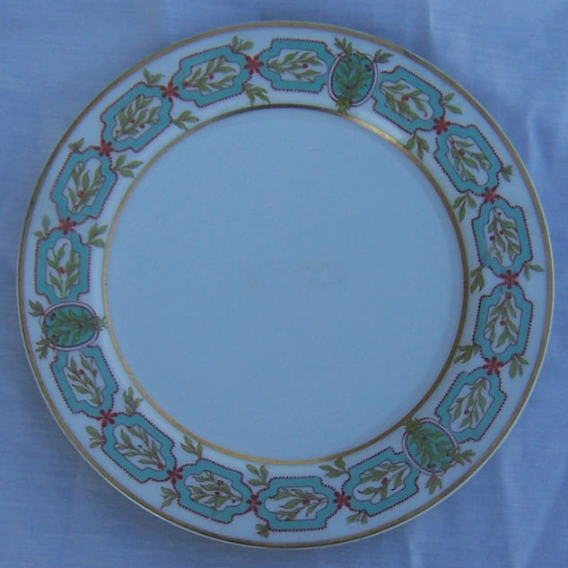 Haviland Limoges Small Plate with Green Garland Design