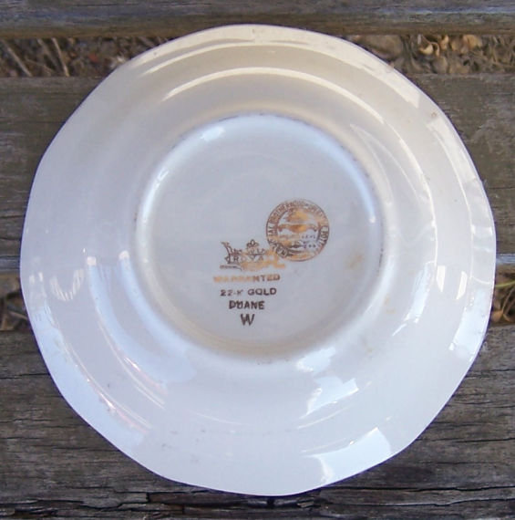Vintage Royal China Buck's County Green Berry Bowl